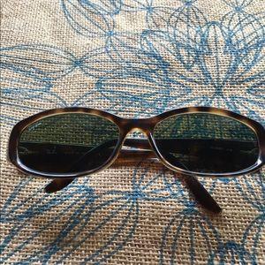 Ray-Ban 4043 Tortoise Style Sunglasses